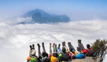 lich-trinh-trekking-va-san-may-o-nui-lao-than-ivivu-1