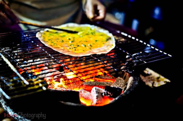 Bánh tráng nướng Đà Lạt. Ảnh: HAN Photography