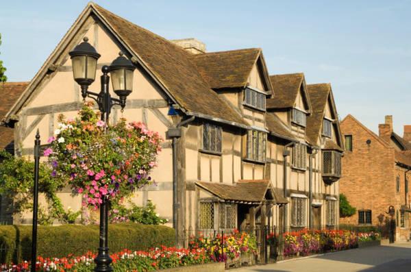 Ngôi nhà lúc sinh thời của đại văn hào Shakespeares ở Stratford-upon-avon - Ảnh: flickr
