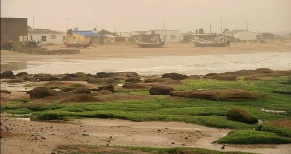 Người dân trên đảo chủ yếu sống bằng ngề đánh cá - Ảnh: amuzing planet