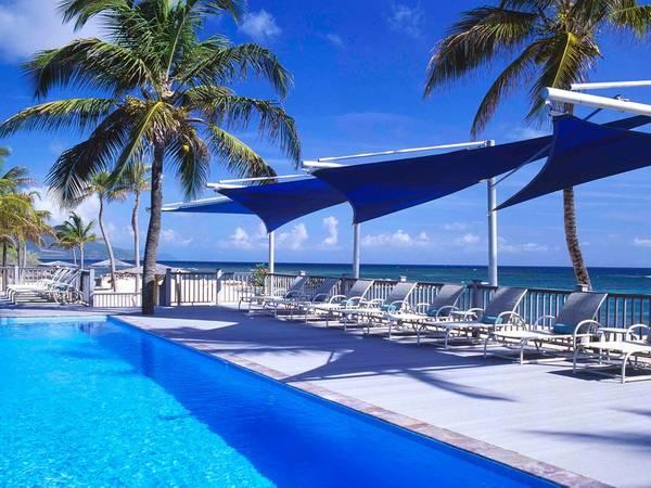 Nisbet Plantation Beach Club, Nevis: Khu nghỉ dưỡng có hồ bơi nước ngọt tuyệt đẹp nằm kề bên bãi biển cát trắng, nhìn ra biển Đại Tây Dương và St. Kitts.