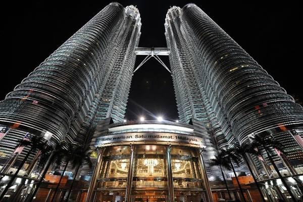 8. Kuala Lumpur: Thủ đô Malaysia là điểm nối quan trọng giữa châu Á và Trung Đông. Du khách chủ yếu đến từ Singapore, Jakarta, Bangkok, Melbourne và Manila. Ảnh: Saeed Khan/AFP/Getty Images.