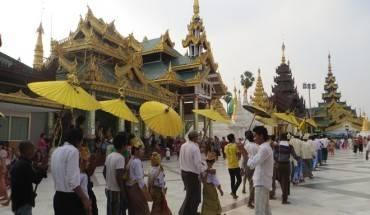 Len-lich-cho-6-ngay-tham-quan-Myanmar-mua-xuan-ivivu-1