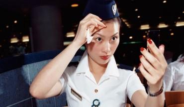 Tiep-vien-hang-khong-tiet-lo-10-bi-mat-tren-may-bay-ivivu-1