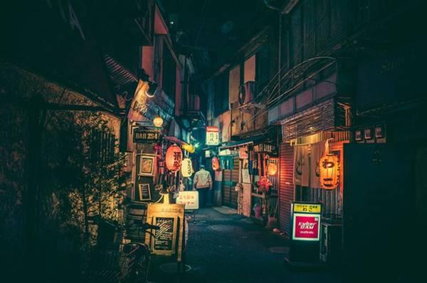 Ai từng đến Tokyo sẽ phải công nhận rằng thành phố này đẹp nhất về đêm. Và những bức ảnh tuyệt đẹp của nhiếp ảnh gia Masashi Wakui đã chứng minh điều đó.