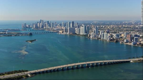 18. Miami, Mỹ - Là một thành phố ở tiểu bang Florida, Miami tự hào là nơi có nhiều tòa nhà được thiết kế theo phong cách Art Deco lớn nhất thế giới. Đây là một trong những điểm thu hút giúp thành phố này đón khoảng 7,26 triệu lượt du khách quốc tế.