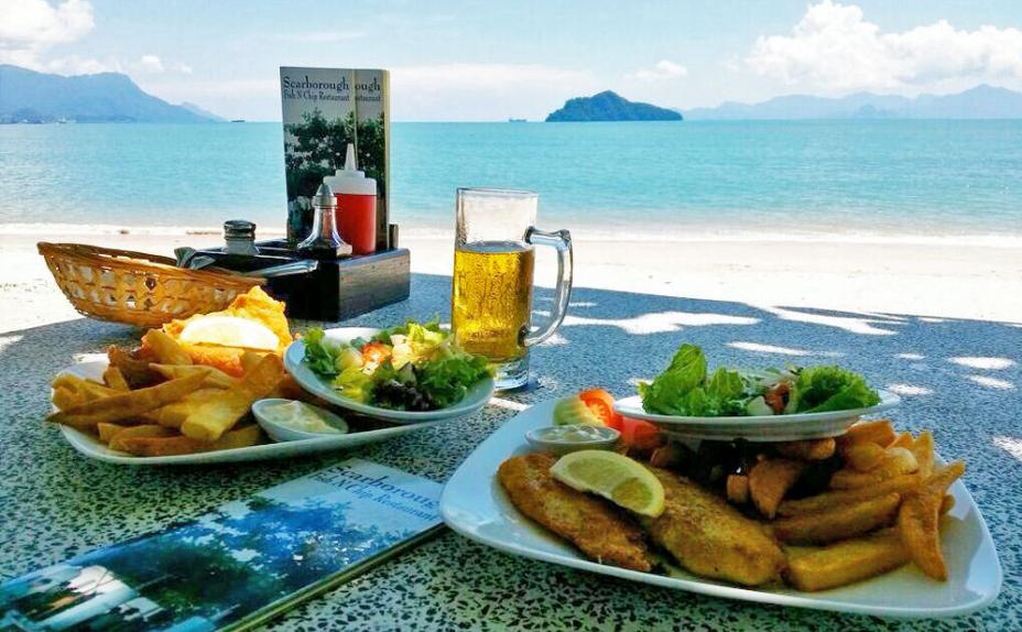 Ẩm thực Langkawi phong phú và đa dạng đủ chiều lòng du khách. Ngoài các món ăn theo phong cách đạo Hồi còn có món Thái, Trung hoặc đắt hơn là món Tây. Ảnh: langkawi-info.com