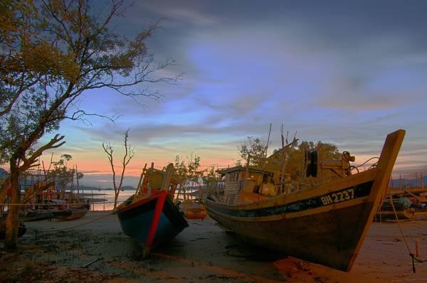 Chính phủ Malaysia tuyên bố Langkawi là khu vực miễn thuế. Đây được coi là thiên đường mua sắm. Thời gian tốt nhất để tới Langkawi là từ tháng 11 cho tới tháng 5, khi nhiệt độ ở mức trung bình và độ ẩm không khí ở mức thấp. Ảnh: KHAIRIL FAIZI
