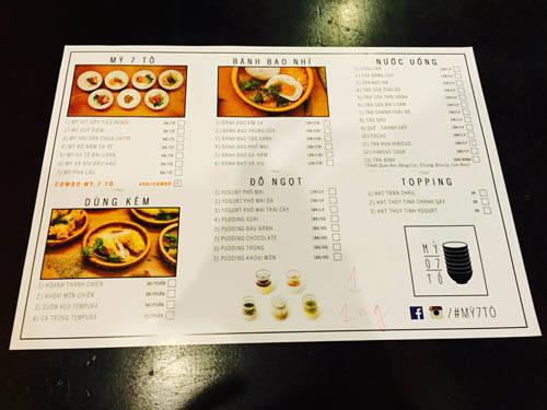 Tờ giấy đánh dấu chọn món để đầu bếp chế biến phục vụ khách. Ảnh: Thảo Nghi