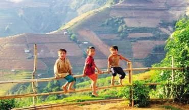 nhung-ban-lang-giua-nui-rung-tay-bac-ivivu-5