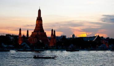 9-diem-du-lich-hap-dan-nam-doc-song-o-bangkok-ivivu-6