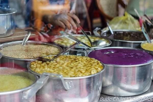 Huế là thiên đường ăn uống với những món ngon và rẻ.