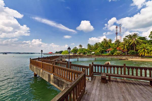Một chuyến đạp xe hoặc đi bộ để khám phá khung cảnh thiên nhiên trên đảo sẽ là một trải nghiệm độc đáo ở Singapore dành cho du khách. Ảnh:spintheday