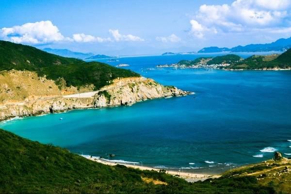 Những con đường biển tuyệt đẹp. Ảnh: Kokoro Clover