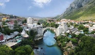 bosnia-diem-du-lich-moi-cua-gioi-thuong-luu-vung-vinh-ivivu-1