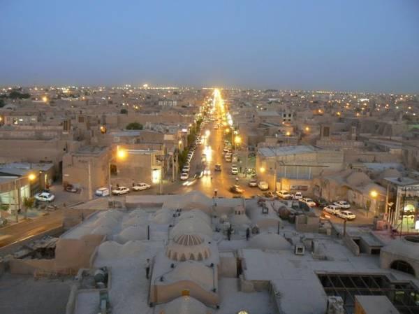 Thành phố cổ Yazd trong ánh chiều buông - Ảnh: panoramio