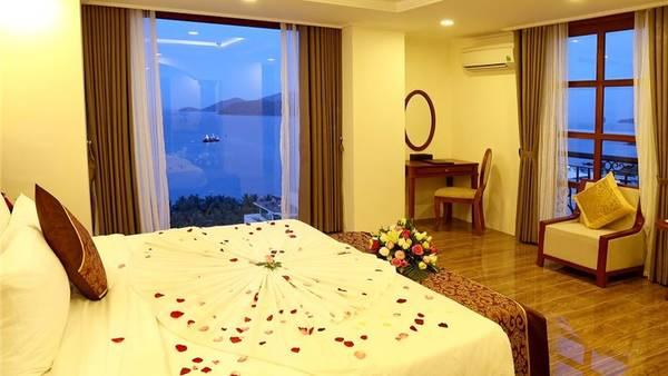 Phòng nghỉ lãng mạn. Ảnh: iVIVU.com
