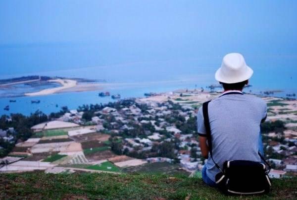 Bình yên ngắm chiều tà trên đảo Lý Sơn. Ảnh: Mèo Già