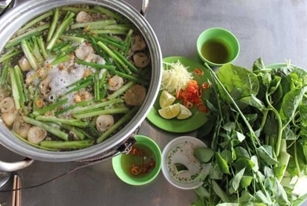 nham-chan-pho-thi-xo-bo-hay-ve-vung-dat-huong-dong-gio-noi-an-giang-ivivu-12