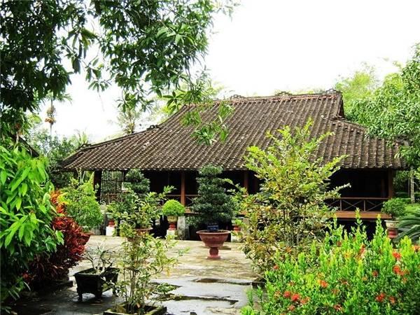 Ngôi nhà gỗ của gia đình Bác Tôn. (Ảnh: Internet)