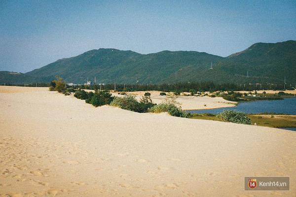 Tuy nhiên nơi đây vẫn không thiếu những bãi cát mịn màng siêu đẹp như thế này đâu.
