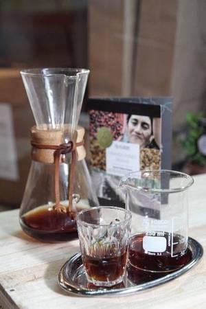 25-quan-cafe-tuyet-voi-nhat-the-gioi-ma-ban-phai-ghe-mot-lan-trong-doi-ivivu-21