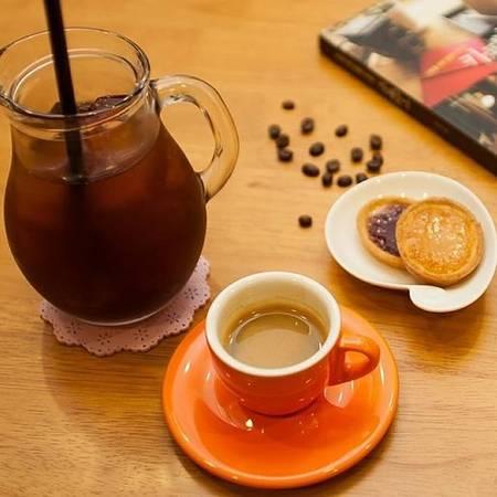 25-quan-cafe-tuyet-voi-nhat-the-gioi-ma-ban-phai-ghe-mot-lan-trong-doi-ivivu-25