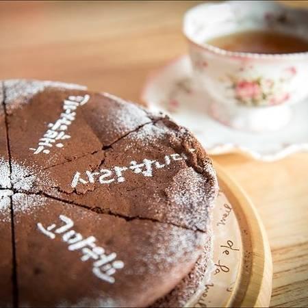 25-quan-cafe-tuyet-voi-nhat-the-gioi-ma-ban-phai-ghe-mot-lan-trong-doi-ivivu-26