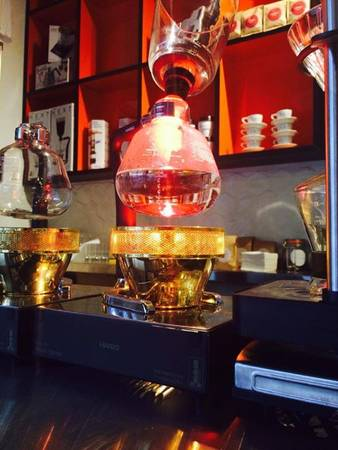 25-quan-cafe-tuyet-voi-nhat-the-gioi-ma-ban-phai-ghe-mot-lan-trong-doi-ivivu-42