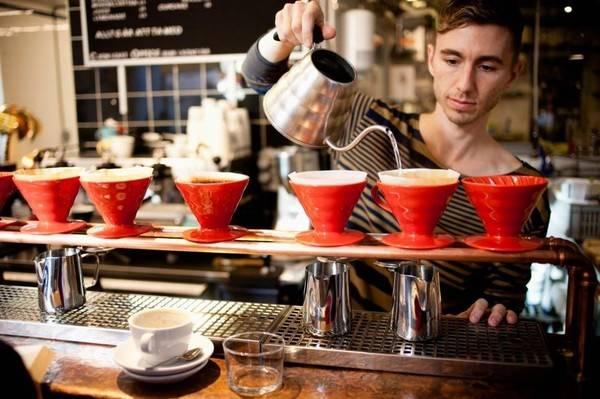 25-quan-cafe-tuyet-voi-nhat-the-gioi-ma-ban-phai-ghe-mot-lan-trong-doi-ivivu-46