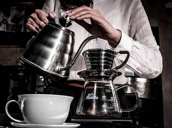 25-quan-cafe-tuyet-voi-nhat-the-gioi-ma-ban-phai-ghe-mot-lan-trong-doi-ivivu-49