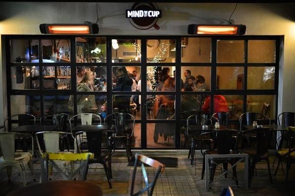 25-quan-cafe-tuyet-voi-nhat-the-gioi-ma-ban-phai-ghe-mot-lan-trong-doi-ivivu-51