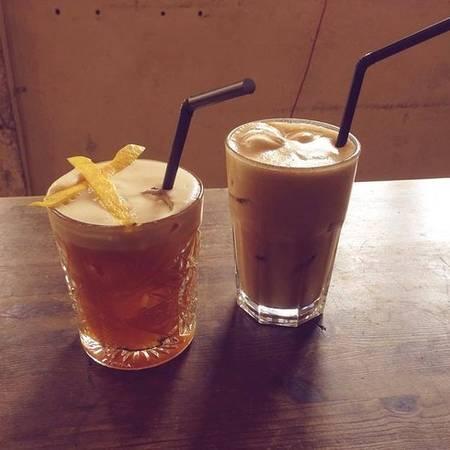25-quan-cafe-tuyet-voi-nhat-the-gioi-ma-ban-phai-ghe-mot-lan-trong-doi-ivivu-55