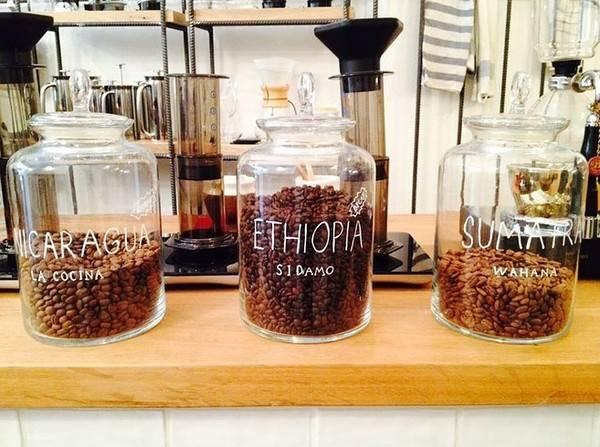 25-quan-cafe-tuyet-voi-nhat-the-gioi-ma-ban-phai-ghe-mot-lan-trong-doi-ivivu-63