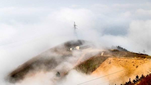 Buổi sáng mây mù ở Tà Xùa.