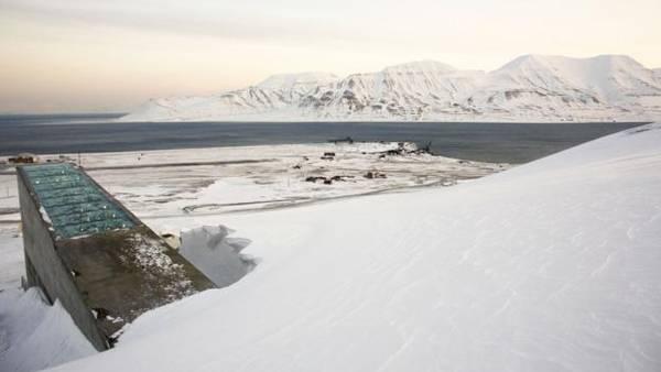 Hầm chứa hạt giống phòng chống tận thế ở đảo Spitsbergen