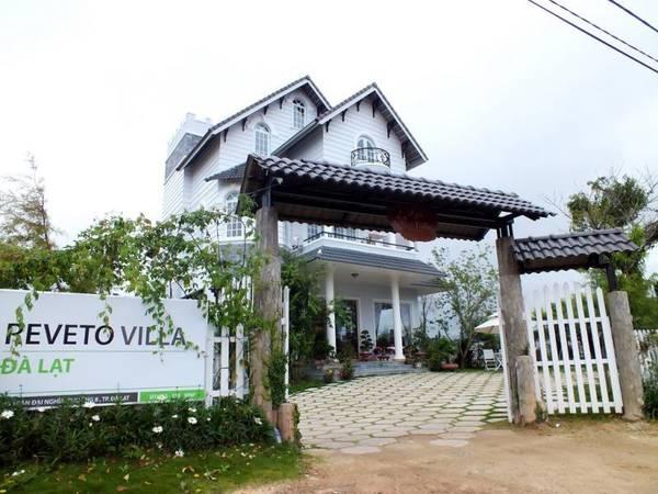 Khách sạn Reveto Villa sẽ mang đến cho bạn và người thân một trải nghiệm mới mẻ khi du lịch Đà Lạt.
