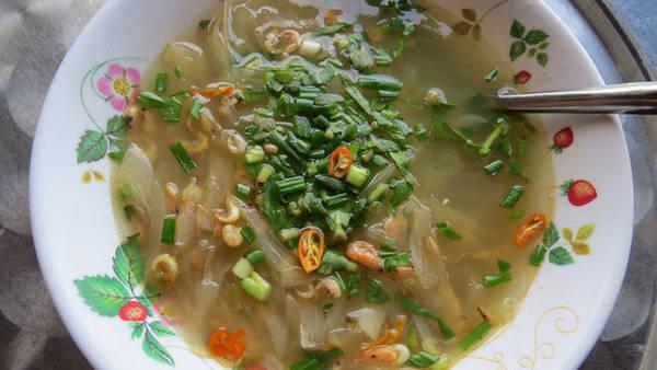 Tô canh khoai mì nấu tép - Ảnh: Minh Kỳ
