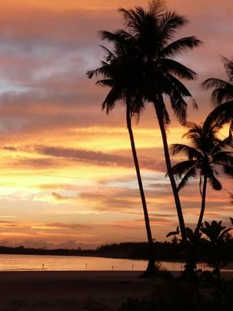 Bình minh trên đảo Tam Hải. Ảnh: leeloan