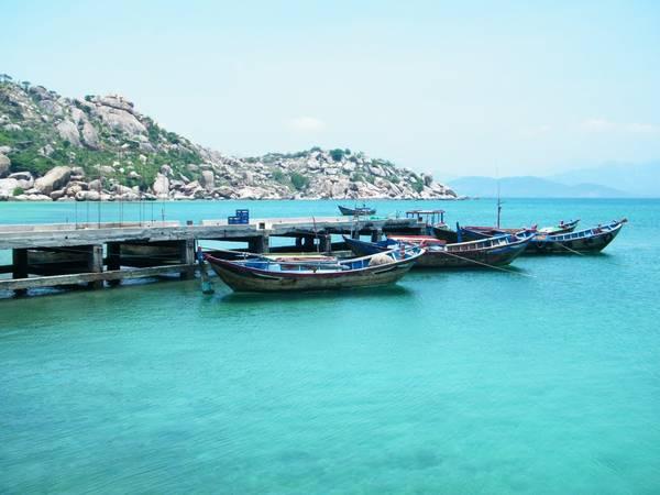 Nước xanh biếc ở Bình Lập. Ảnh: Dan Baldini
