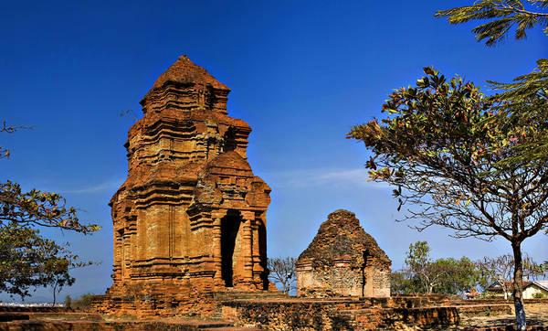 Tháp Chàm Poshanư là một nhóm di tích còn sót lại của Vương quốc Chăm Pa xưa. Ảnh: ST