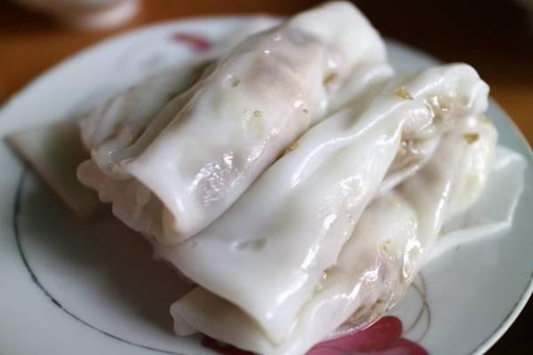 Bánh cuốn Cao Bằng ngon và thơm là làm bằng chính gạo tẻ được trồng ở Cao Bằng - Ảnh: Huyền Trần