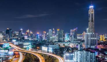 khach-san-Baiyoke-Sky-Bangkok-noi-luu-tru-tuyet-voi-de-ngam-bangkok-tu-tren-cao-ivivu-12