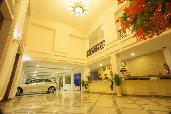 Sảnh khách sạn sang trọng. Ảnh: iVIVU.com