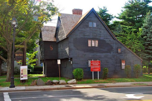 The Witch House, ngôi nhà của một trong những quan tòa trong vụ án phù thủy đẫm máu người vô tội ở Salem - Ảnh: wiki