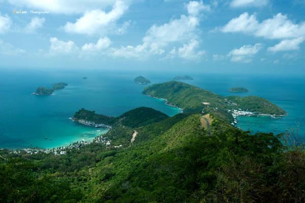 Description: Quần đảo Nam Du đẹp tuyệt vời khi nhìn từ trên cao. Ảnh: Julian Tran
