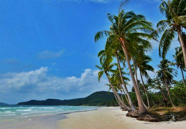 Description: Phú Quốc đã trở thành hòn đảo du lịch nổi tiếng trong và ngoài nước. Ảnh: Thiện Nguyễn