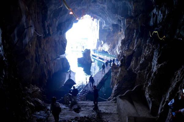 Hang Đền Thác Bờ - Ảnh: Phạm Tô Chiêm