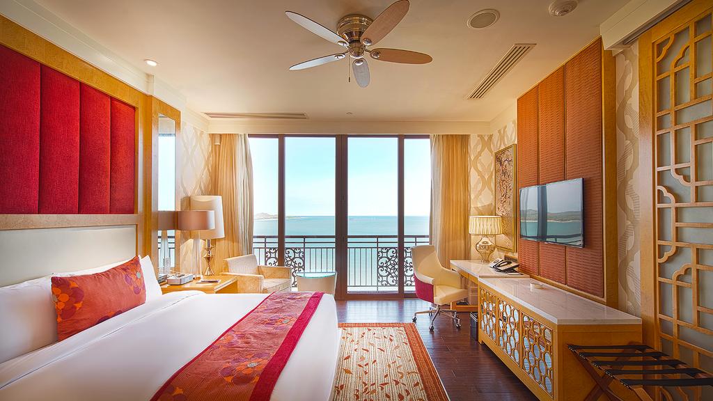Các phòng tại The Grand Hồ Tràm Strip sẽ đem lại những giây phút thư giãn riêng tư tuyệt đối.