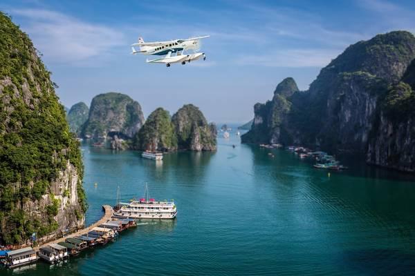 Description: Du lịch bằng thủy phi cơ không chỉ giúp hành khách tiết kiệm thời gian khi di chuyển mà còn đem đến những góc nhìn đẹp của nhiều danh lam thắng cảnh…
